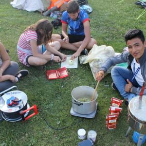 5. Valentina, Emily, Nikolas und Alisena kochen-1024